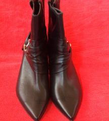 Ženska poluduboke cipela