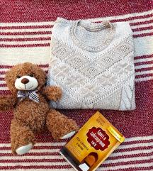 Lagani bež džemper
