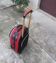 kofer premijer avion
