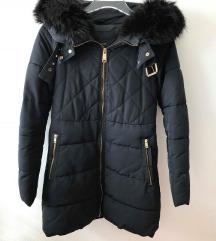 zara zimska  jakna sa krznom