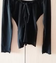 Crna bluza spuštena ramena