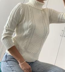 Ručno štrikan džemper