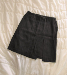 123. Stefanel suknja do kolena, sa prorezom