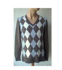 džemper sa romboidima broj M CASSANI