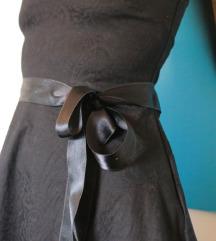 Rasprodaja!!! Crna haljinica sa mašnom novo!