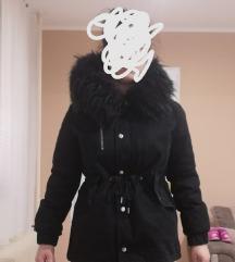 C&A jakna sa krznom