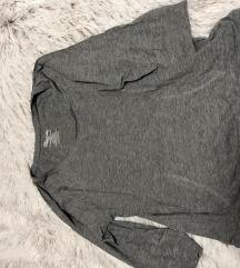 •Siva majica•