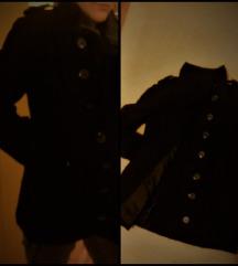 Crni kaput SUPER POVOLJNO!