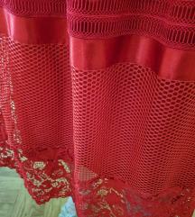 Crvena suknja čipkana