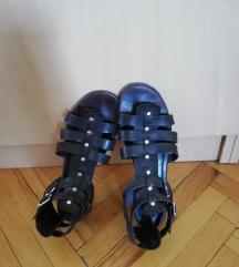 Braon kožne sandale