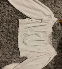 h&m majica sa malim tragom od susilice