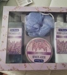 Get beauty set od 4 proizvoda 💜
