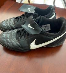 Patike Nike za mali fudbal