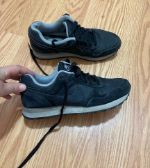 Nike br 37.5