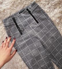 Zenske stradivarius pantalone (cena nije fiksna)