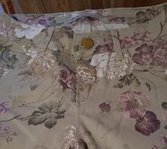 Krem cvetne pantalone