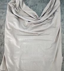 Srebrna i teget majica obe 300 dinara