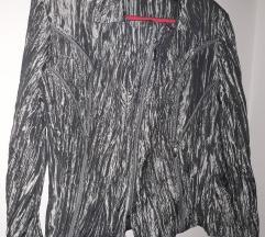 Srebrna jaknica neobicnog izgleda ***NEW***