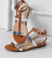 BERSHKA Sandale 36 NOVO