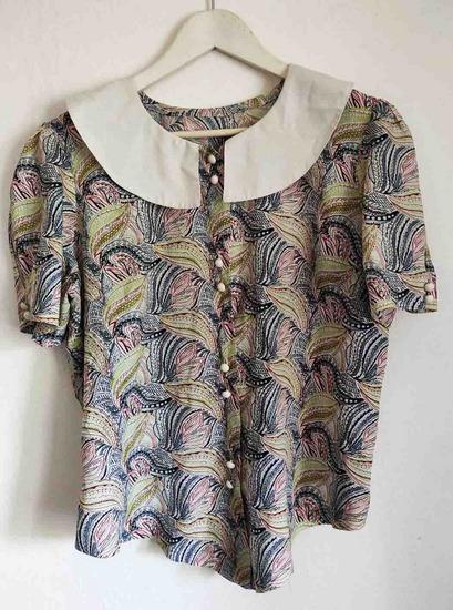 Unikatna total vintage bluza vel. M/L