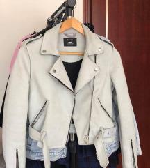 Bershka jakna plisana/ besplatni ptt
