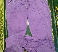 Ljubičaste pantalone