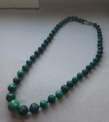 OGRLICA od zelenog Ahata