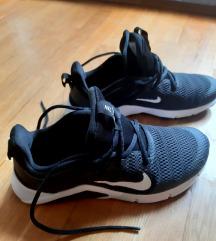 Patike Nike Training kao nove br 36 1/2