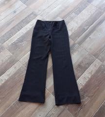 Crne pantalone S/M
