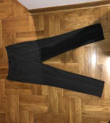 Stradivarius pantalone 2 para 2400