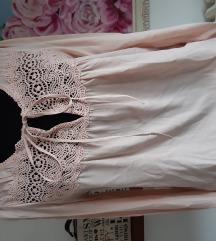 Romantična puder roze košulja