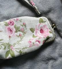 Rosy Futrola