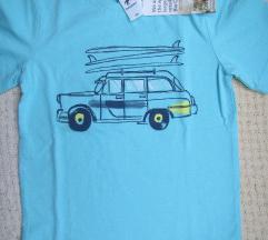 Nova majica za dečaka sa etiketom