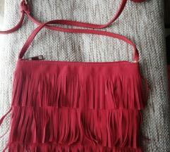 Crvena torbica sa resicama