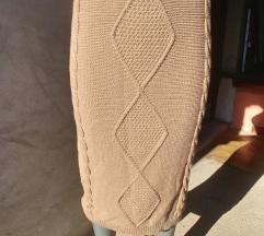 Suknja sa etiketom