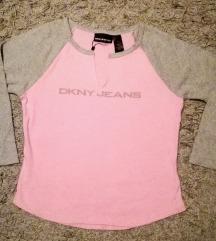 NOVO... DKNY JEANS majica vel. M
