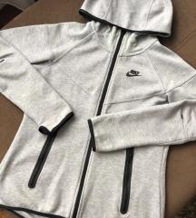 Nike tech fleece trenerka sada 4000 !!