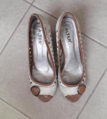 Udobne cipele sa niskom petom