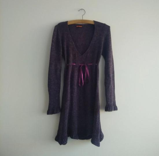 Tamno ljubičasta zimska lepršava haljinica