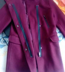 Bershka nov kaput povoljno