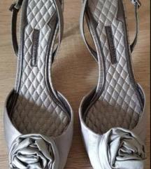 Srebrne satenske Armani sandalete