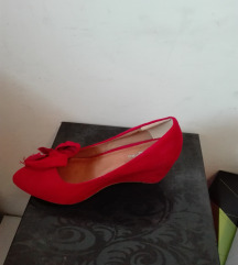 Cipele br37