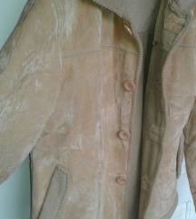 *Krem jakna*