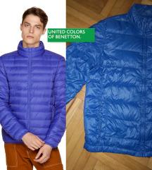 Prolećna BENETON perjana jakna kraljevsko plava