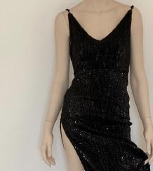 Dugacka crna haljina od perlica NOVA
