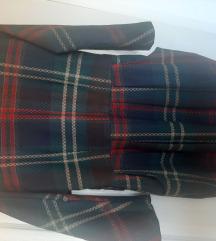 Karirana haljina do kolena zimska