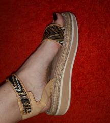 Bata sandale 38