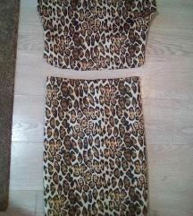 2 kompleta  suknja i majica