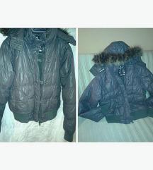 Prošivena jakna sa kapuljačom sa krznom +poklon