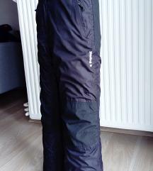 Decije ski pantalone Everest vel.146 - kao Nove